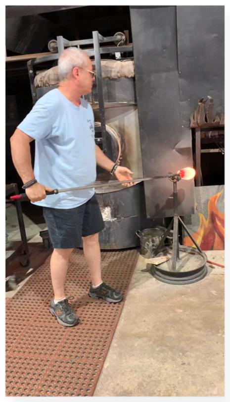 Mark Rosenbaum Creates Jewish Crushed Wedding Glass Keepsakes